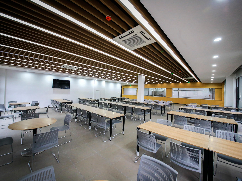 蓝必盛-企业食堂