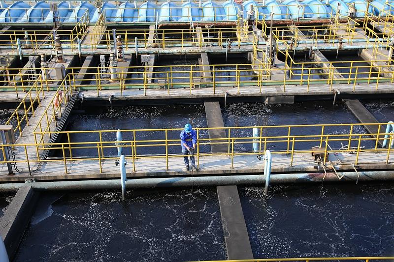 废水处理池